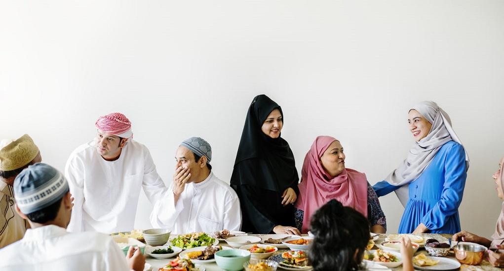 Hindari 4 Kebiasaan Tak Sehat saat Buka dan Sahur selama Ramadhan